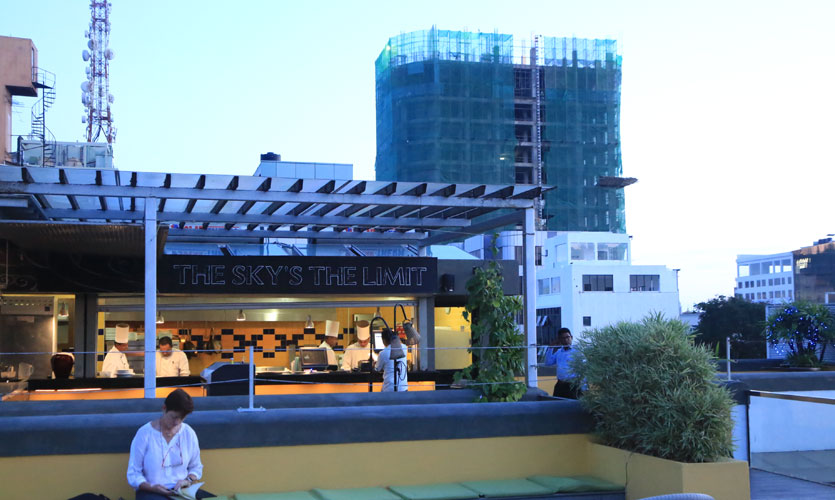 hangout spots in colombo