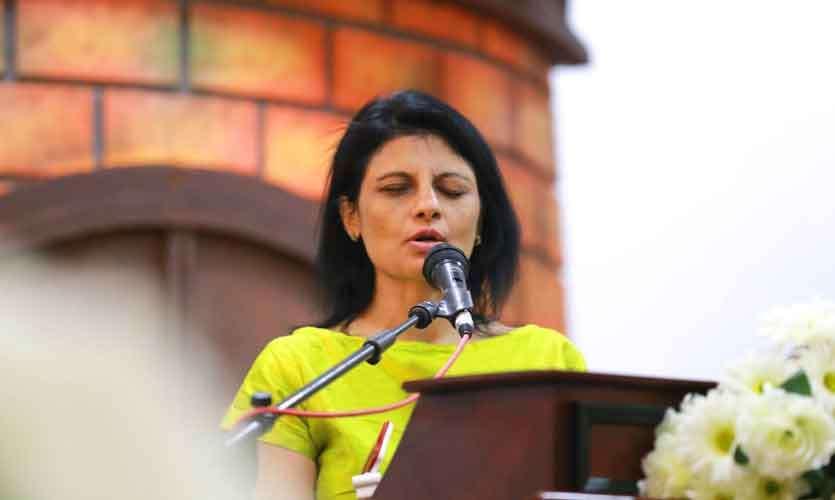 W W Ashcharya Peiris Life Online