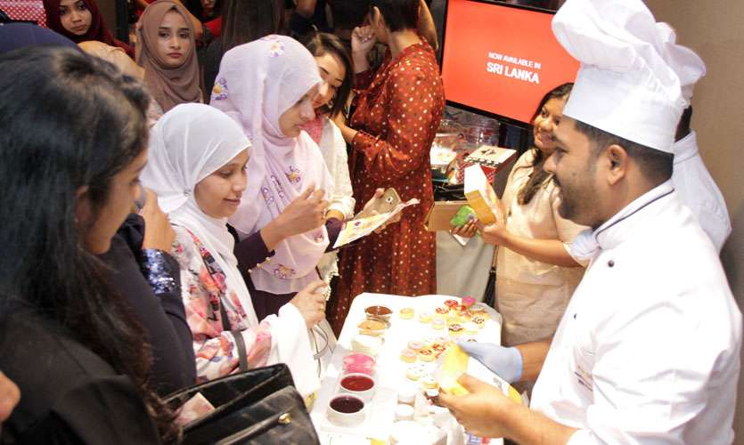 Life Online - Cake Convention by Reema Siraj